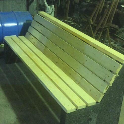 Производство скамеек для улицы